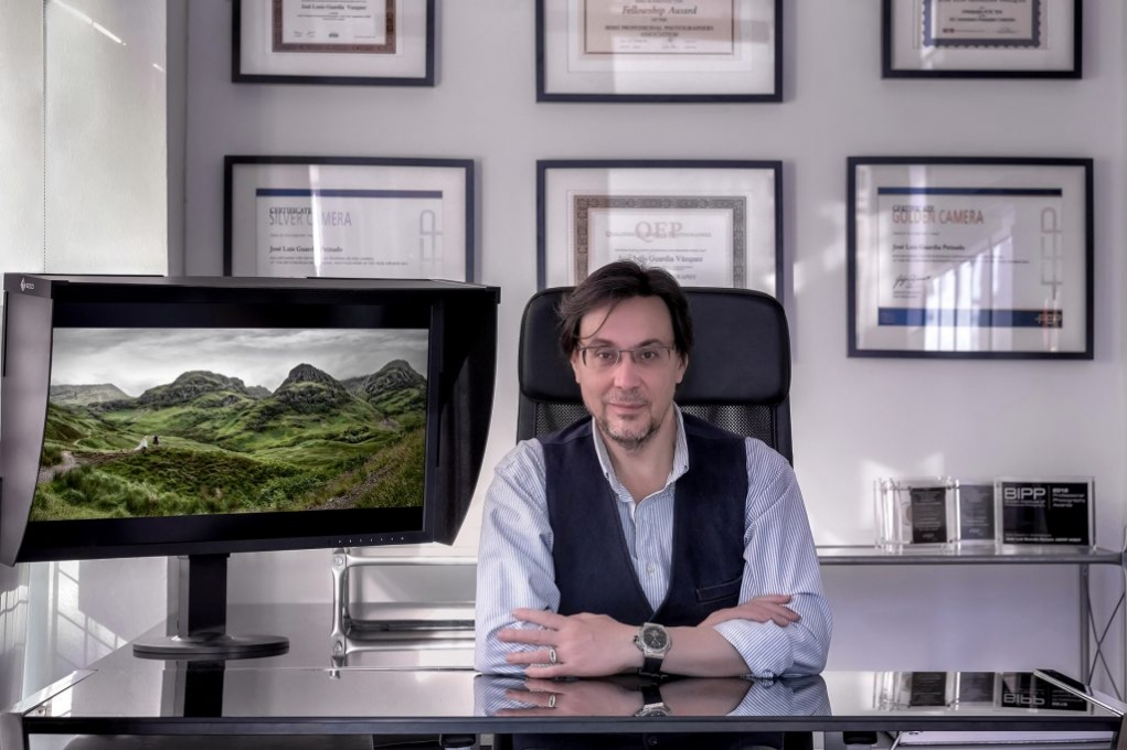 Embajador EIZO Jose Luis Guardia